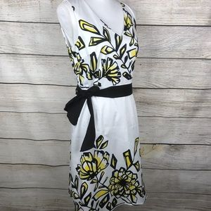 Spense belted white dress with yellow flor…